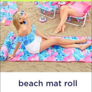 Lilly Pulitzer Beach Mat Roll